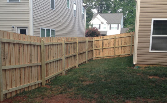Vartanian Construction Maria wood fence